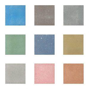 Grijze en gekleurde betontegels
